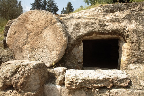 Depiction of the empty tomb of Jesus